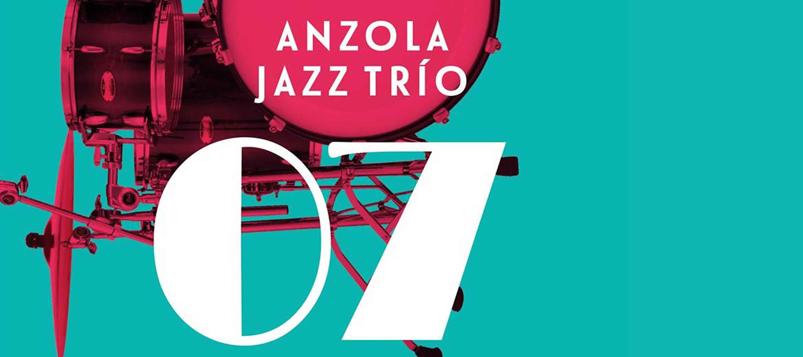 Anzola Jazz Trio en Smoking Molly